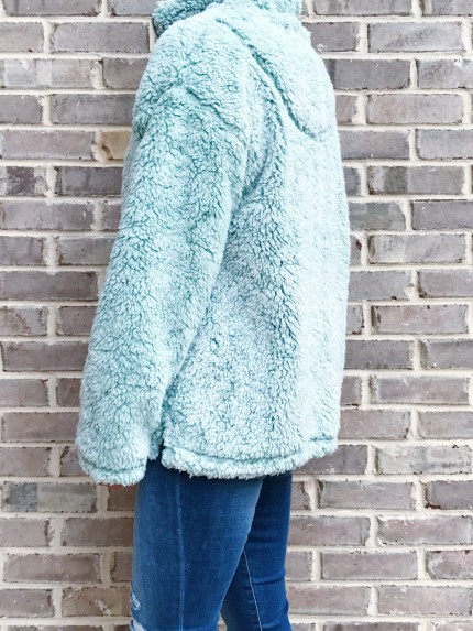 Cabin Lodge Fur Pullover in Seafoam