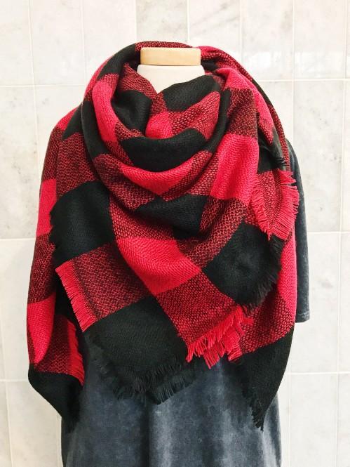 Buffalo Plaid Scarf in Black/Red 1