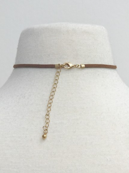Suede Choker With Glass Pearl, Brown