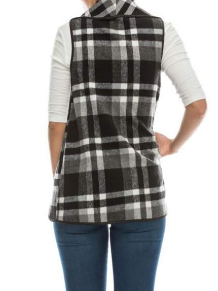 All Checked Out Vest in Black