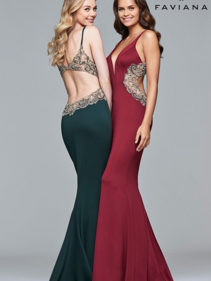 fav7916-wine-dark-green-2-evening-gowns_2000x