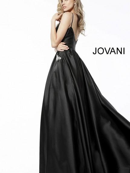 jov61087-black_-4-660x990_1200x